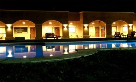 Lobos: desde $850 por 1 o 2 noches para dos + desayuno + opción de escapada romántica en Hotel & Spa Terrazas de Lobos