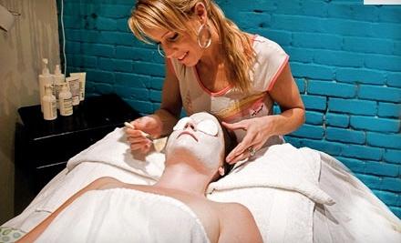 19 Blue Salon and Spa: Organic Airbrush Tan - 19 Blue Salon and Spa in Santa Barbara
