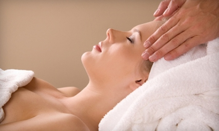 Salon du Monde - Oakhurst: $32 for a One-Hour Facial ($70 Value), Swedish Massage ($65 Value), or Brazilian Bikini Wax ($65 Value) at Salon du Monde