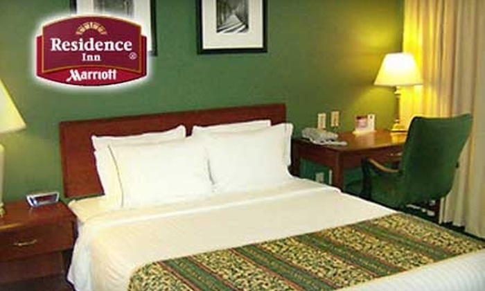 Marriott Residence Inn - Independence: $109 for a Two-Bedroom Suite (up to $219 Value) or $69 for a One-Bedroom Suite (up to $139 Value) at Marriott Residence Inn