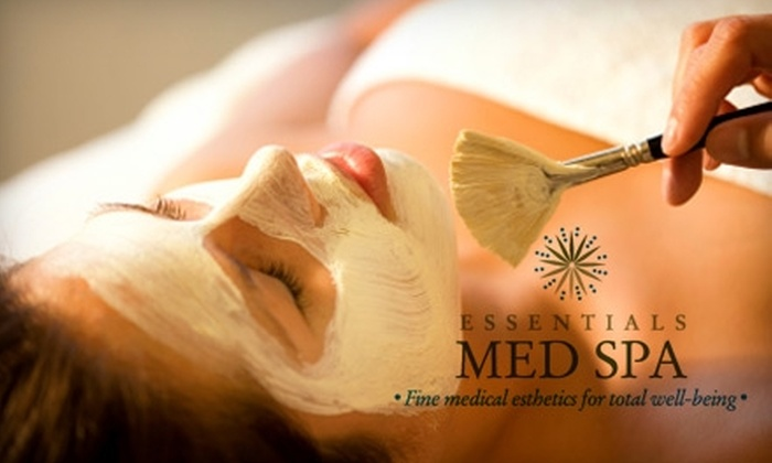 Plastic Surgery Tampa/Essentials Med Spa - Citrus Park Community: $39 for One Fire & Ice Facial at Plastic Surgery Tampa