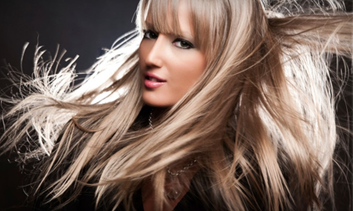 Kolors Salon - St. Louis: $40 for a Haircut, Style, and Wild-Ginger Conditioning Treatment at Kolors Salon ($90 Value)