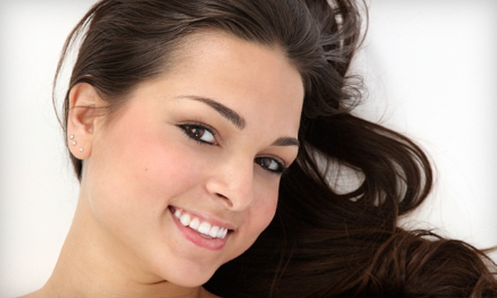 Derma Clinic of Naples - Naples: $89 for Microdermabrasion and Organic Facial at Derma Clinic of Naples ($220 Value)