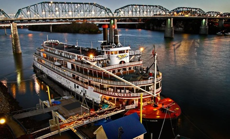 Riverboat Hotel on Tennessee River