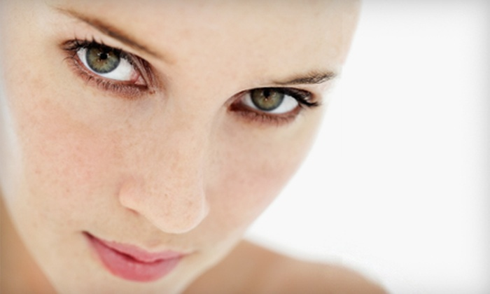 Pan Pacific Laser Vision Center - Ala Moana - Kakaako: $2,700 for LASIK or PRK Eye Surgery at Pan Pacific Laser Vision Center ($5,500 Value)