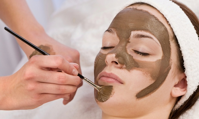 Zoe Anti-Aging & Wellness Spa - Downtown: Anti-Aging Body Polish with Facial or One Collagen Facial at Zoe Anti-Aging & Wellness Spa (Up to 65% Off)