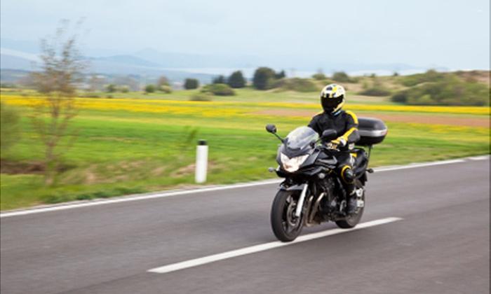 Auto Moto Ecole Carpeaux - Paris: Formation au permis moto avec ou sans code dès 449 € à l'Auto Moto Ecole Carpeaux