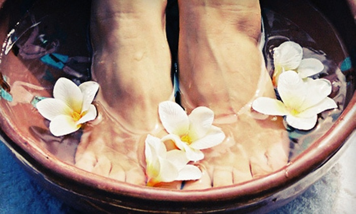 Simple Solution Weight Loss - City Park: Detox Footbaths and Infrared Sauna at Simple Solution Weight Loss in North Saskatoon (Up to 55% Off). Three Options Available.
