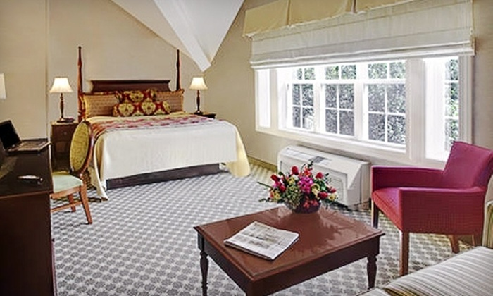 Wayside Carriage House Inn - Sudbury: $99 for a One-Night Stay at Wayside Carriage House Inn and $25 Toward Dinner at Longfellow's Wayside Inn in Sudbury (Up to $220 Value)