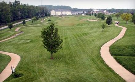 Crown Pointe Golf Club: All-Day Golf Entry for 2 People and Golf Cart Rental - Crown Pointe Golf Club in Farmington