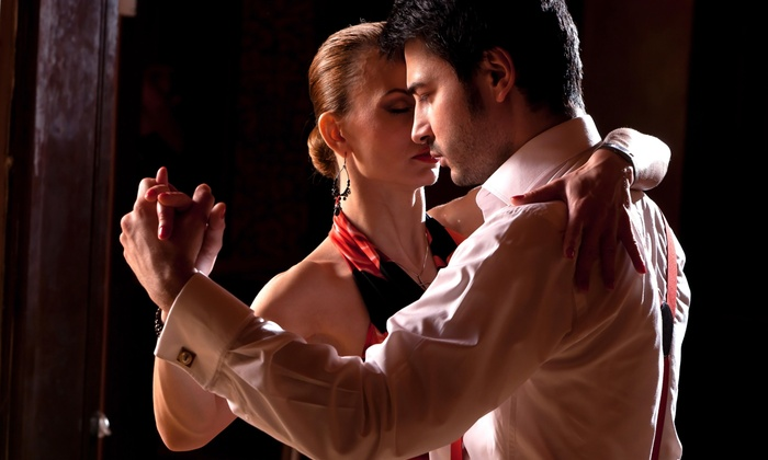 Tango Chicago - West Town: 60% Off $100 Tango Class for Two Couples at Tango Chicago