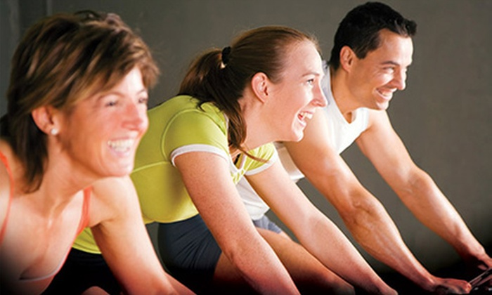 O2 Fitness - Multiple Locations: $19 for a 10-Day Gym Pass and Two Personal-Training Sessions at O2 Fitness ($154 Value)