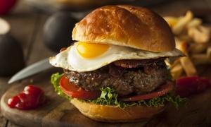 Pinta & Tabla: Desde $129 por hamburguesa + papas con cheddar + pinta artesanal o tirada para uno, dos o cuatro en Pinta & Tabla