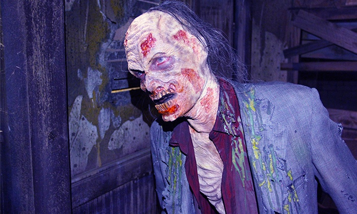 ... 13th Floor Haunted House   Chicago   Melrose Park: $29.99 For Zombie  Apocalypse Live Experience ...