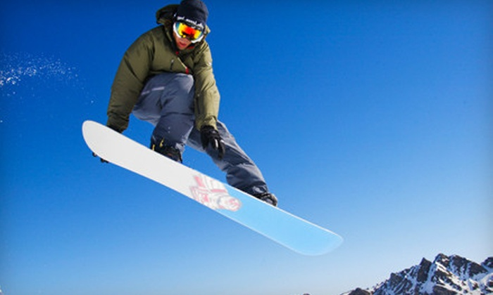 Cutting Edge Snowboard Shop - Berlin: $30 for a Snow Sports–Equipment Super Deluxe Tune-Up at Cutting Edge in Berlin ($60 Value)