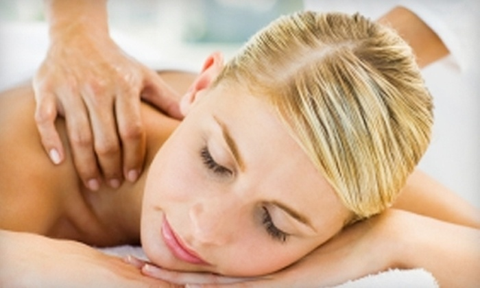 J's Healing - Midtown Center: 50-Minute Massage or Combination Spa Package at J's Healing in Midtown. Choose From Three Options.