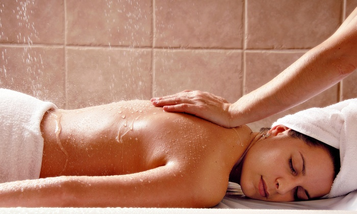 Green Life Wellness - Dixie: C$59 for a Full Body Care Package with Scrub and Massage and Light Therapy at  (C$160 Value)