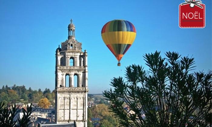Touraine Terre d'Envol - Sainte-Catherine-de-Fierbois: Vol en montgolfière au-dessus des châteaux de Touraine pour 1 personne à 129€ au lieu de 250 avec Touraine Terre d'Envol