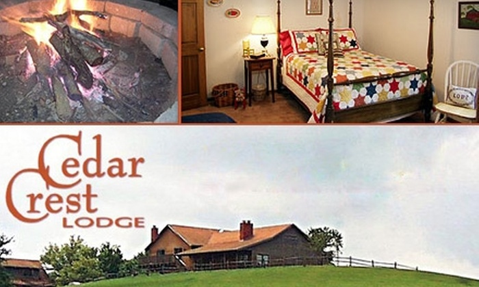 Cedar Crest Lodge - Potosi: One-Night Stay at Cedar Crest Lodge (Up to $225 Value). Multiple Rooms Available.