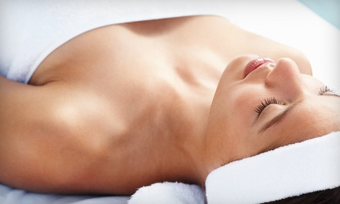 Healthy Beauty Solutions - Shady Side: $49 for an Inch-Loss Body Wrap at Healthy Beauty Solutions in Webster Groves ($125 Value)