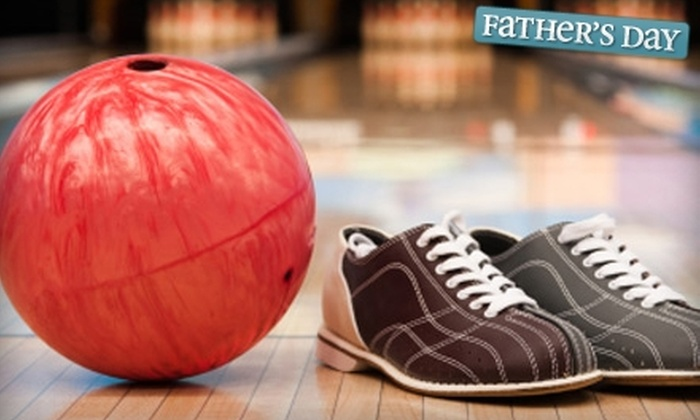 Palos Verdes Bowl - Los Angeles: $39 for a Family Bowling Night Package for Four at Palos Verdes Bowl in Torrance (Up to $78 Value)