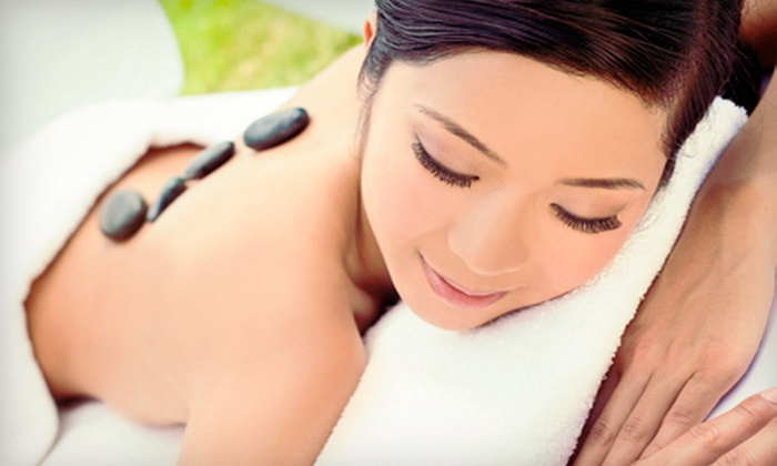 Masajes - 5: 1-Hour Massage, 1.5-Hour Massage, 2-Hour Massage, or 1.5-Hour Hot-Stone Massage at Masajes (Up to 51% Off)