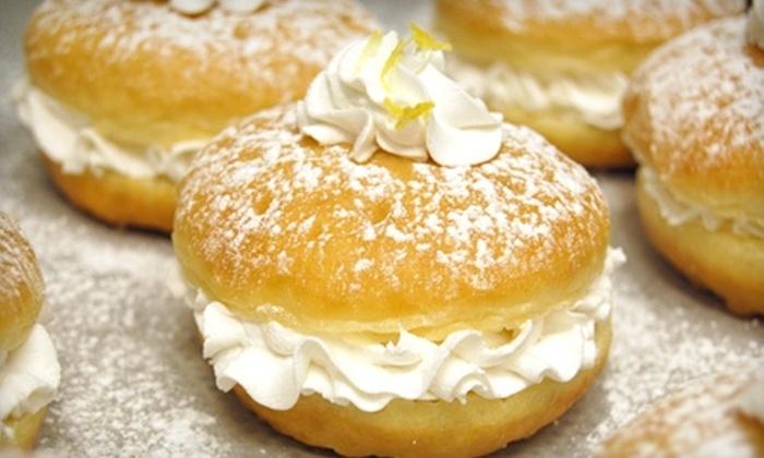 Topped Doughnuts - Ankeny: $5 for a Half Dozen Gourmet Doughnuts at Topped Doughnuts ($10.11 Value)