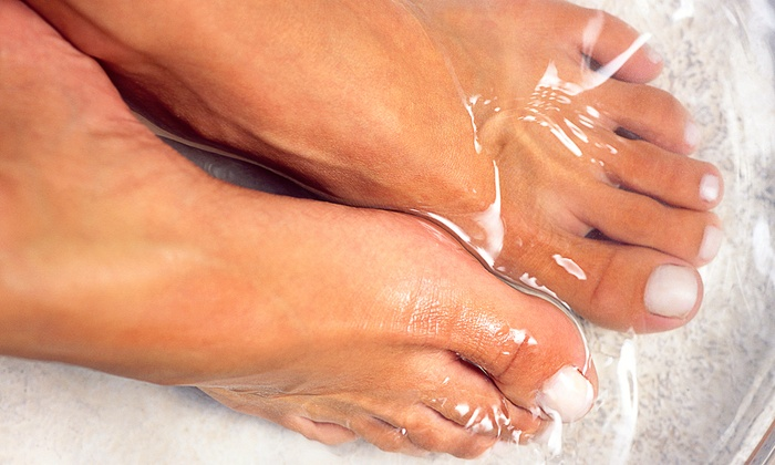 The Country Doctor - Fond du Lac: One or Two 30-Minute Ionic Foot Detoxs with 30 Minutes of Foot Reflexology at The Country Doctor (Up to 51% Off)