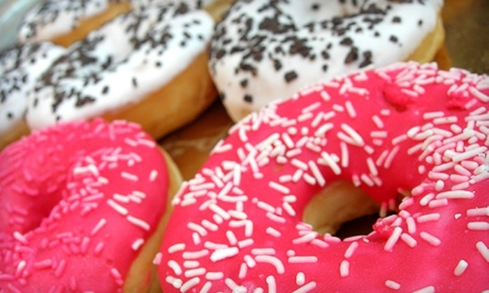 Mel-O-Glaze Bakery - Keewaydin: $5 for Five Pastries and Donuts Plus One Beverage at Mel-O-Glaze Bakery (Up to $9.50 Value)