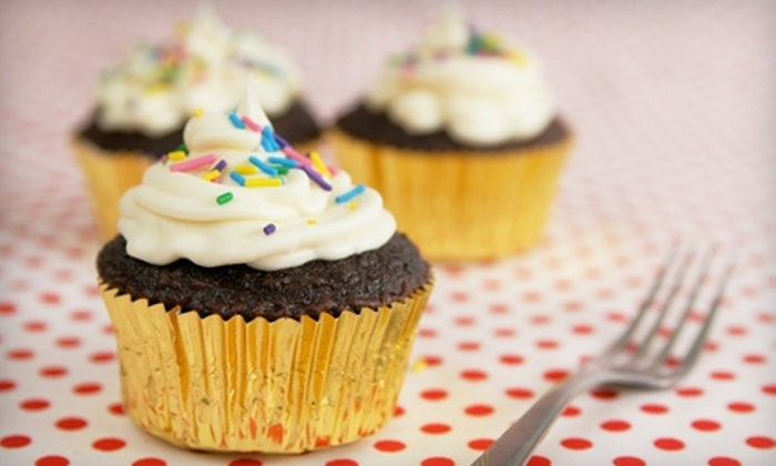 Chicago Chocolate Tours - Multiple Locations: $25 for One Ticket to a Cupcake Tour from Chicago Chocolate Tours ($50 Value)