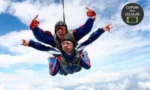 Vertical Speed Paraquedismo: Salto duplo para 1, 2 ou 4 pessoas com a Vertical Speed Paraquedismo – Igarassu