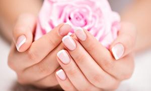 LE TUE MANI: Ricostruzione unghie con allungamento da Le Tue Mani (sconto fino a 72%)