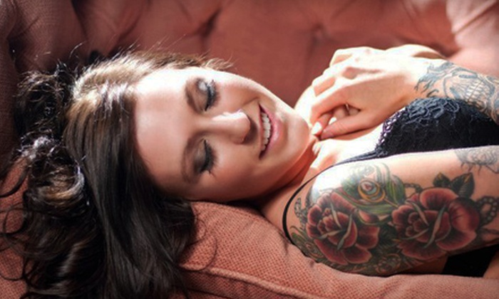 Bombshell Boudoir by Ali Brannan - Carriage Place: $20 for a One-Hour Boudoir-Photo Session from Bombshell Boudoir by Ali Brannan ($199 Value)