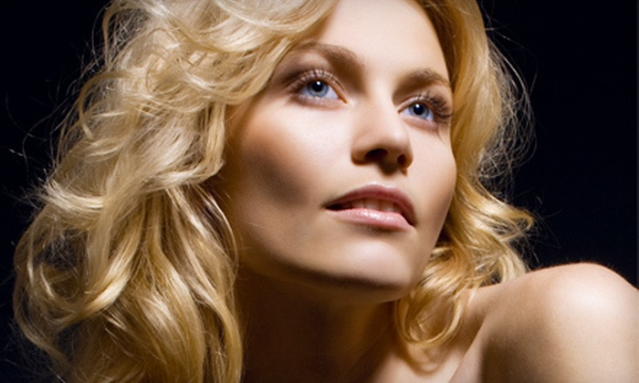 Onyx Salon - Greenlawn Crossing: $49 for a Haircare Package with Haircut and Partial Highlights at Onyx Salon in Round Rock (Up to $120 Value)