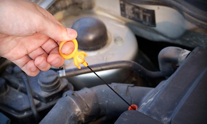 Larson Hyundai of Tacoma - South Tacoma: $39 for an Oil-Change Package and a Hand Car Wash at Larson Hyundai of Tacoma ($114.80 Value)