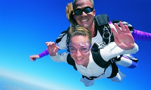 Skydive Sacramento: Ground School and Tandem Jump for One or Two from 9,000 or 13,000 Feet from Skydive Sacramento (50% Off)