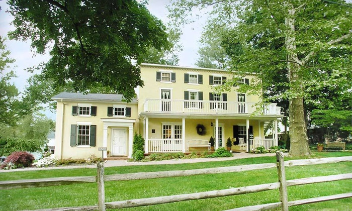 Fairville Inn Bed & Breakfast - Chadds Ford, PA: Two-Night Stay at Fairville Inn Bed & Breakfast in Chadds Ford, PA