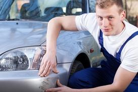 New Car: Buono sconto fino a 400 € per la riparazione di danni alla carrozzeria dell'auto