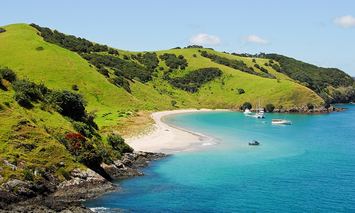 11-Day New Zealand and Fiji Trip w/ Air from Pacific Holidays