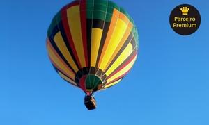 Playmobil Balonismo: Voo de instrução de balão com certificado e 1 taça de champanhe para 1 ou 2 pessoas com Playmobil Balonismo – Boituva