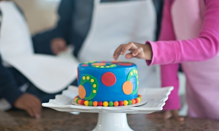 $12 for $20 Worth of Interactive Cake-and-Cupcake Decorating at Sweetology