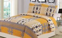 GROUPON: Williamsburg 3-Piece Quilt Set Williamsburg 3-Piece Quilt Set