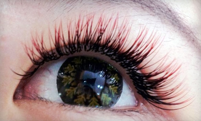 Kinjou Lashes Beauty Studio - Mt. Pleasant: $69 for Gold Service Lash Package with 120 Extensions and Colour Dazzle at Kinjou Lashes Beauty Studio ($145 Value)