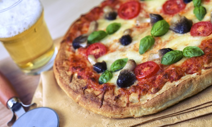 Papa Pinny's Pizzeria - The Lakes/Country Club: Up to 40% Off Pizza at Papa Pinny's Pizzeria