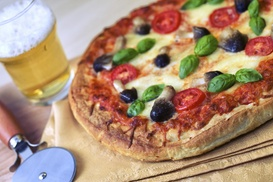 Papa Pinny's Pizzeria: Up to 40% Off Pizza at Papa Pinny's Pizzeria
