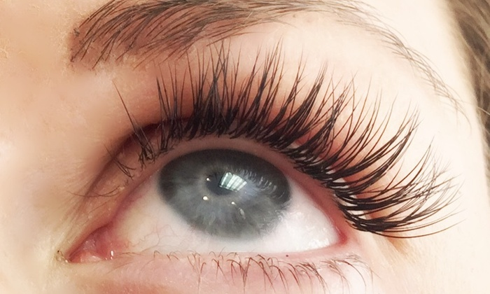 iStyle Lash&Brow - Beverly Hills: Full Set of Eyelash Extensions at iStyle Lash&Blow (62% Off)