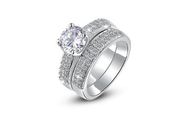 Bague double solitaire de la marque Beloved ornée de cristaux Swarovski®