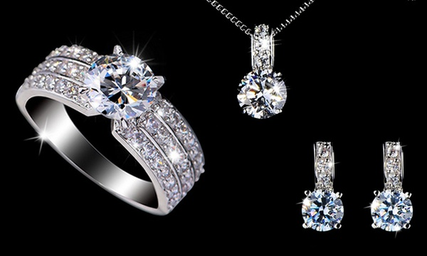 Parure Diamond plaquée or blanc 18 ct et ornée de cristaux SWAROVSKI  ELEMENTS dès 12,98€ (jusqu'à 75% de réduction)