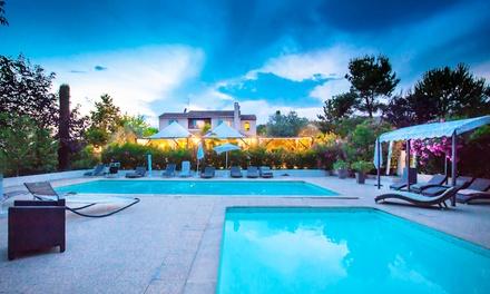 Var : 1 ou 2 nuits avec petit déjeuner, dîner, café et accès piscine en option à l'Auberge des Pins pour 2 personnes