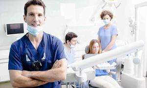 Centri Ois: Visita odontoiatrica e igiene orale con sbiancamento oppure test salivari per bambini (sconto fino a 68%)